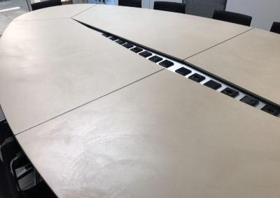 errelab-resina-cemento-madre-arredo-tavolo-1