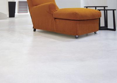 errelab-resina-spatolato-pavimento-3